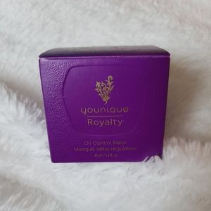 Younique Royalty Oil Control Mask